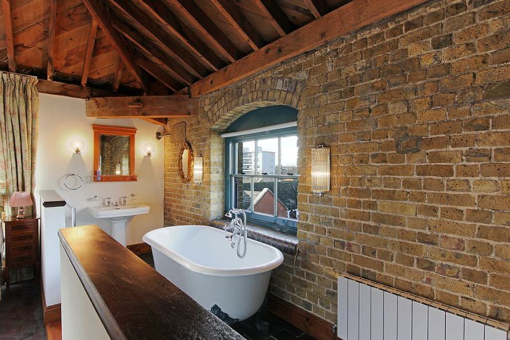 Have a soak in our victorian bath whilst soaking in the view with a glass of vino, after all you are on holiday