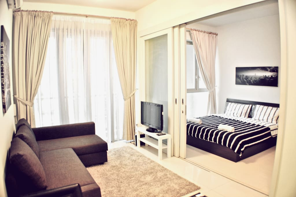 A fish-eye view of all the little details in the apartment to make your stay an enjoyable one.