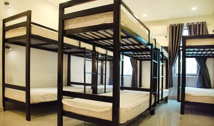 Dorm Room, Share Room with 10 person. Cents Hotel