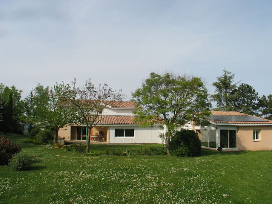Maison bois et nature Maisonsà louerà Sainte Livrade sur Lot, Aquitaine Limousin Poitou  # Maison Bois Limousin