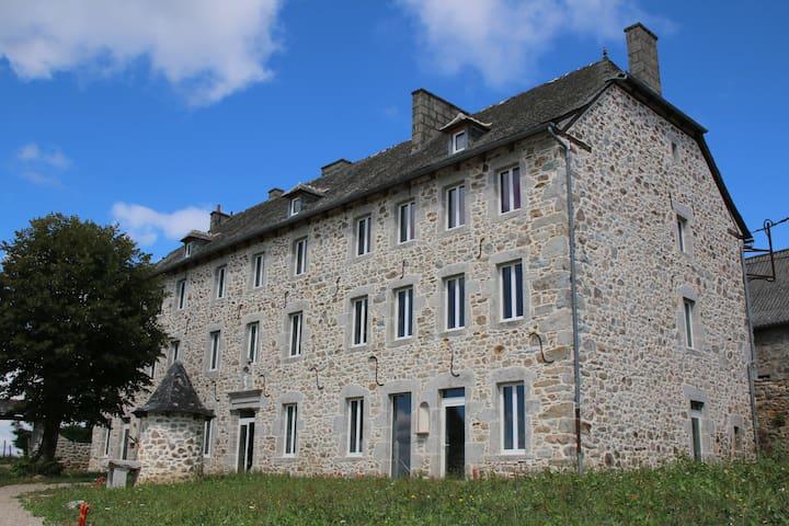 L'Escola Polida - Entraygues-sur-Truyère - 一軒家