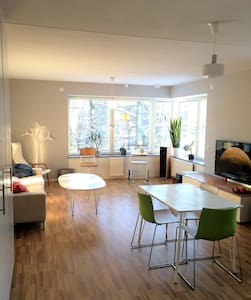 Modern, spacious, stylish.  2mins from Tube - Stockholm