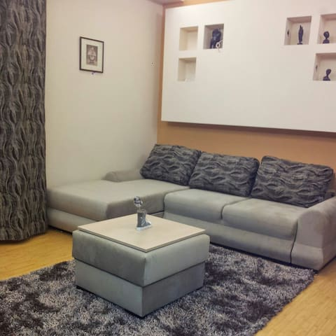 Bedroom with private bathroom - Bucharest - Villa