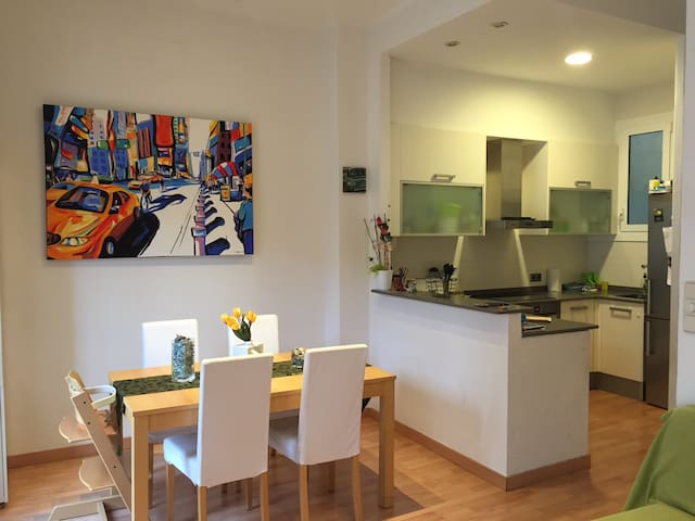 Apartamento Portbou 40 mts playa - Portbou - Apartment