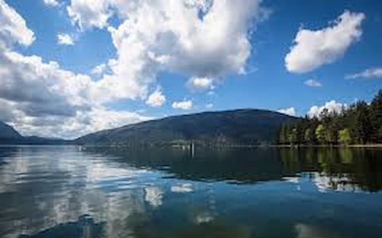 Cultus Lake Vacation Home