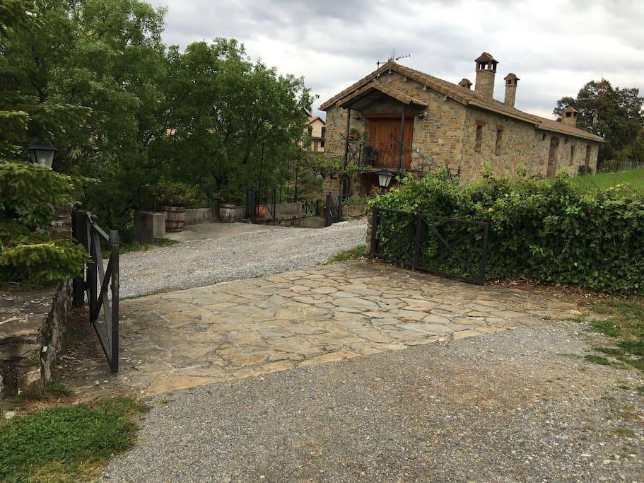 Vista de las casas rurales -EL CAJIGAR ORDESA -LA VIÑAZA ORDESA