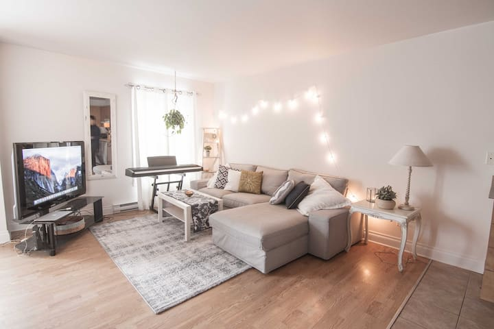 Cozy 2 Bedroom apartment near Downtown Mtl