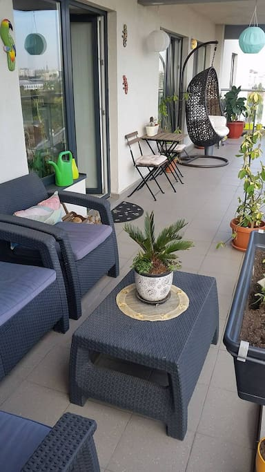 An spacious balcony suitable to relax