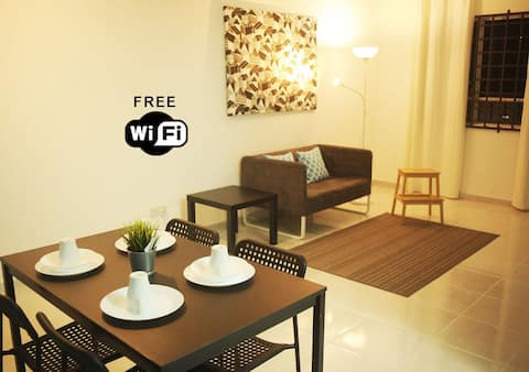 【3Pax 1 Room】KTCC Mall, Drawbridge only 3 Min