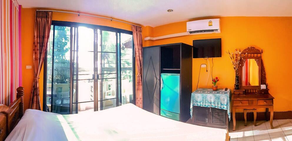 Apartment№6 - 30 meters to Naithon beach