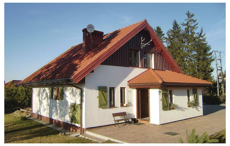 Holiday cottage with 2 bedrooms on 110m² in Zalewo