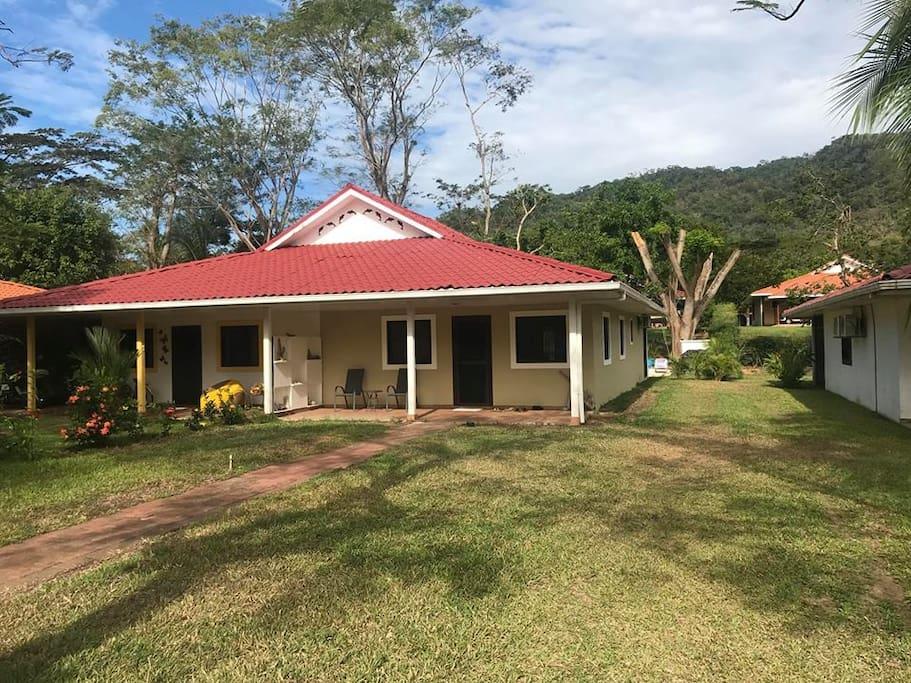 Villa & front yard