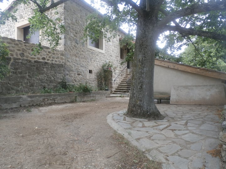 Maison au cœur de la vallée du DOUX gite 1
