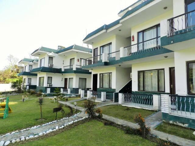 Van Durga Villas & Suites