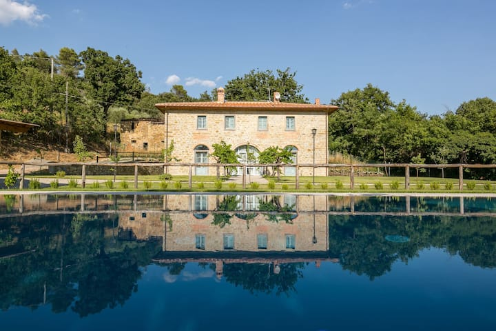 Villa Vigneti ❊ Private garden and pool