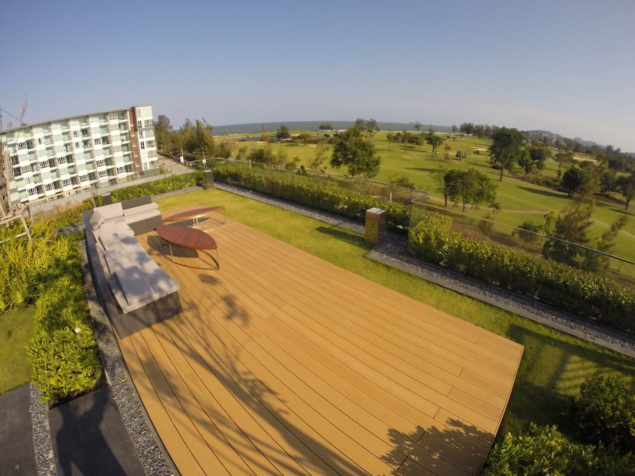 Rooftop Garden Area with Golf Course and Sea View