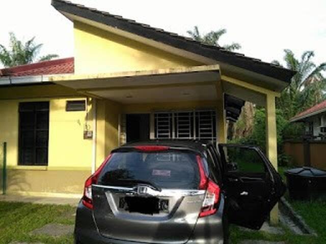 Homestay Ijok Kuala Selangor