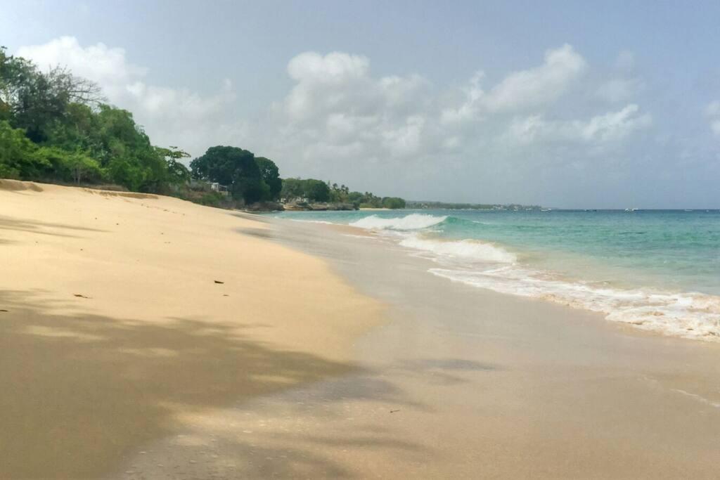 Walk, snorkel, swim and sunbathe