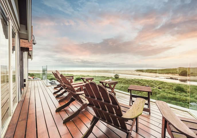 South View Penthouse, close to Alnmouth Beach