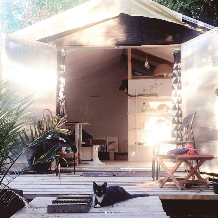 Stunning Hand-Crafted Off-Grid Tiny House
