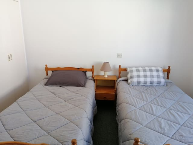 SHARED bedroom near beach/bus line to airport