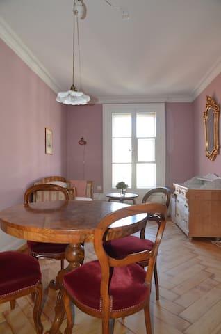 Gemütliches Zimmer in der Nähe der Altstadt - Burgdorf - Szoba reggelivel