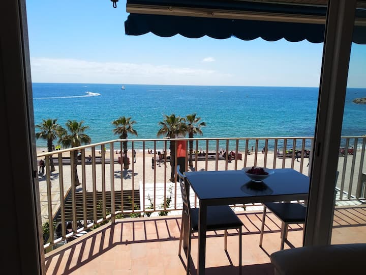 Great apartment: Top sea views and top location