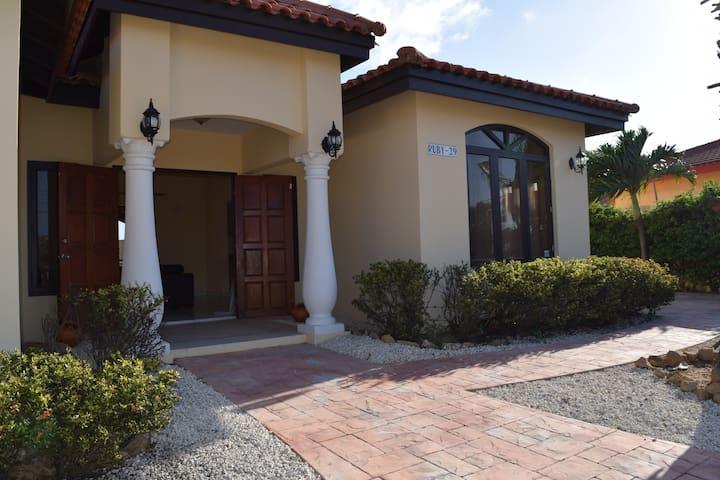 Villa Adara close to PalmBeach-LAST MINUTE SPECIAL