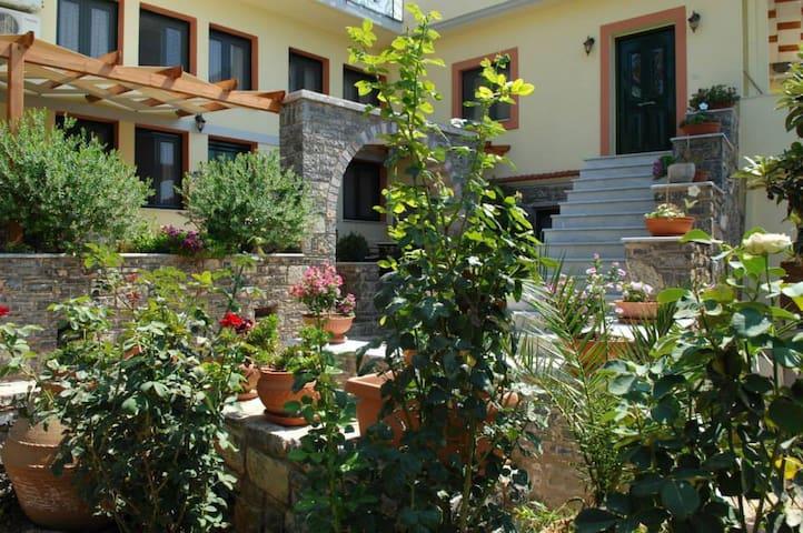 πλήρως εξοπλισμένη κατοικία - Volissos - Huoneisto