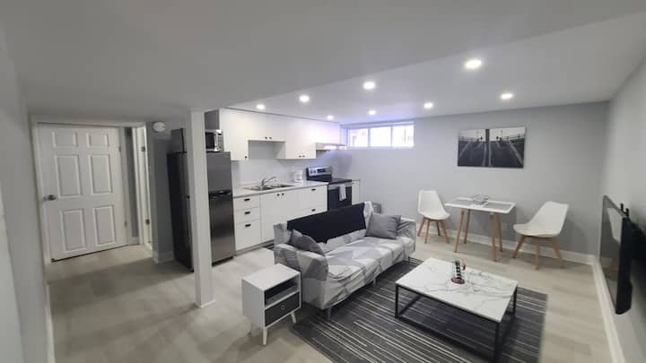 One bedroom apartment; walkout.
