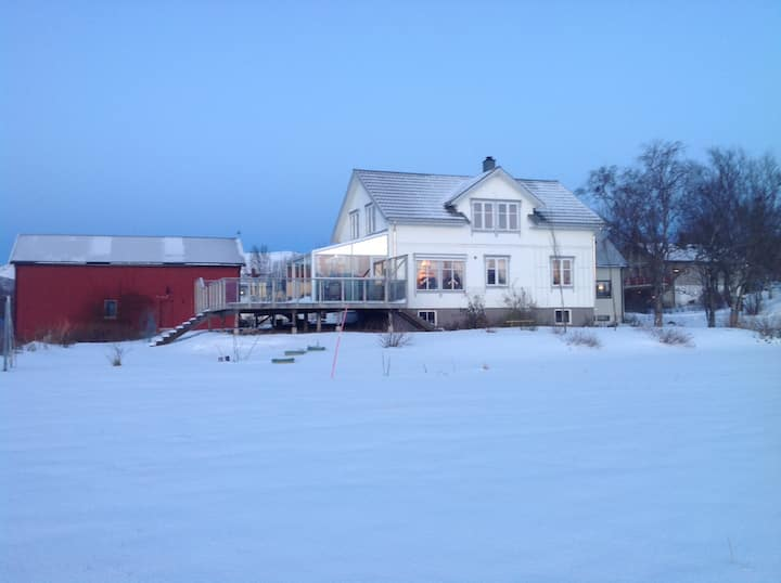 Rom  1, seng 120 cm, 25 km fra Bodø. No bus.