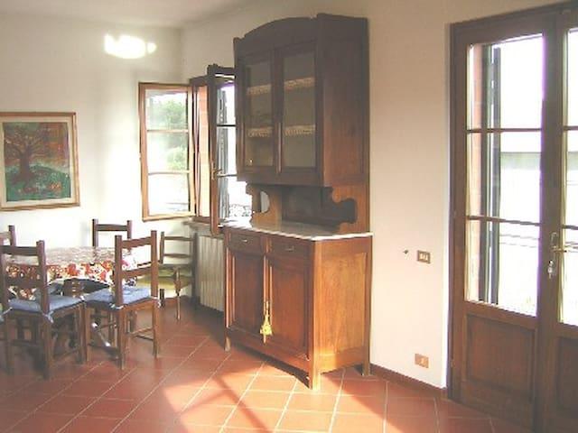 Appartamento Colline lucchesi vino al centro Lucca - Capannori - Apartamento
