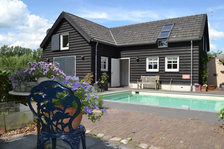 Country cottage with pool - Sint-Oedenrode - Casa