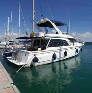 Bed Boat in Yacht & escursioni - Trapani