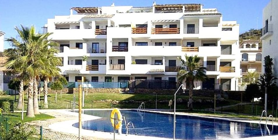 2 Bedroom Apartment Walking distance to La Cala 185732