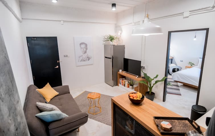 Luxury 2BR Pad! Netflix & Kitchen - 7 Min to MAYA