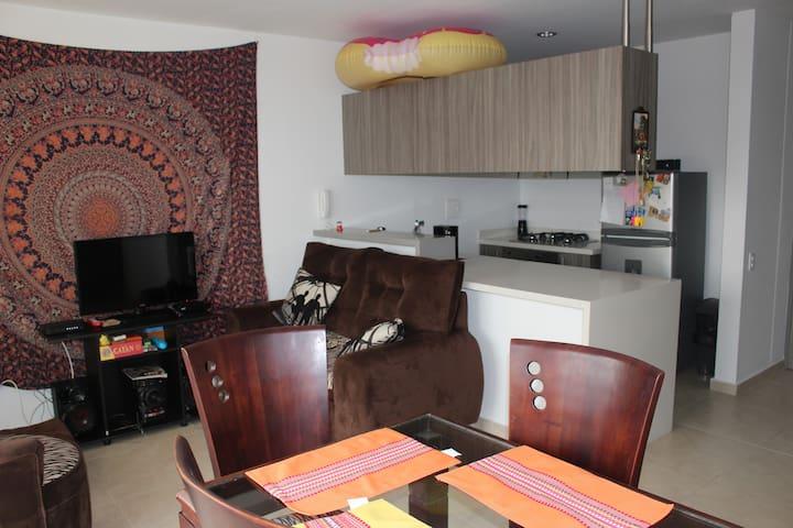 Apartamento cómodo y acogedor - Floridablanca - Casa