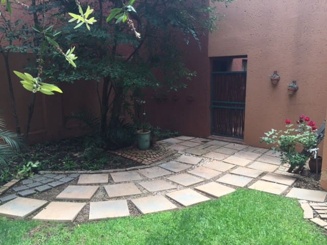 Heart of Fourways - 1 Bed Apartment