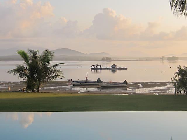Luxury beachfront villa Maikao ,4 bedrooms,quiet.
