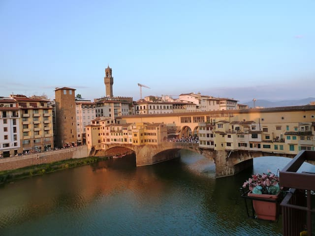 OLD BRIDGE SUITE - TOP CLASS - Firenze - Apartment