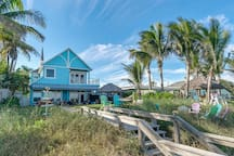 Direct Oceanfront Home- Cocoa Beach, Fl