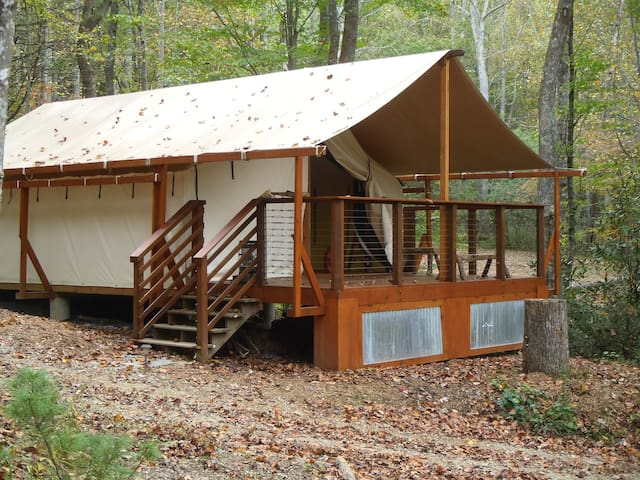 Creekside Glamping Site near Blowing Rock