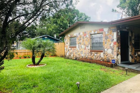 Home 1 bed/1 bath includes  AC, Laundry, Yard