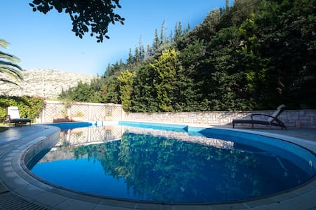 Beautiful Villa-Lux-Swimming pool-Great sea view! - Legrena