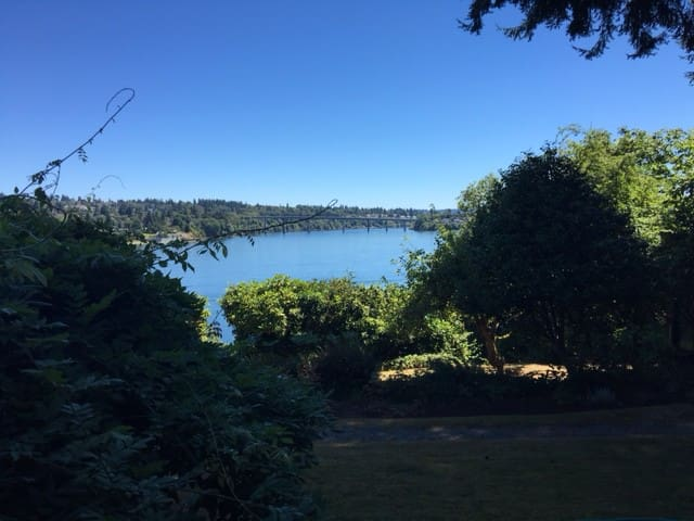 A quiet haven close to everything - Bremerton - Wohnung