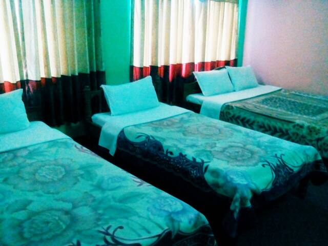 TRIPLE BEDROOM 2 - 포카라
