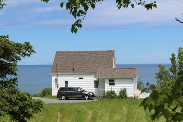 Captain Archie's Cottage - Antigonish - Hus