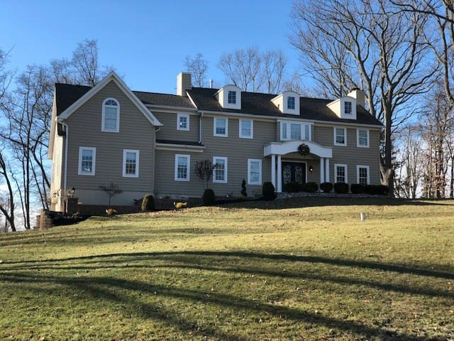 Full Private Suite in Colts Neck