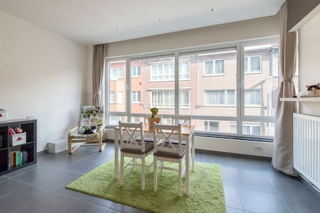 Beautiful apartment near Pukkelpop - Hasselt - Byt