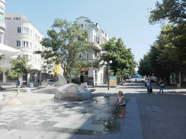 Burgas central city apartment